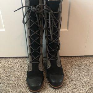 Sorels Joan of arctic wedge tall boots